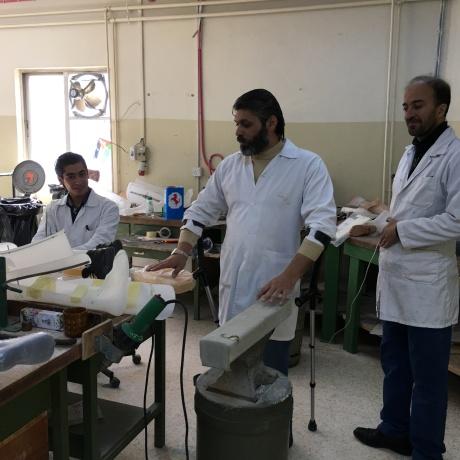 2015-12-16 HS Prosthetic lab 8